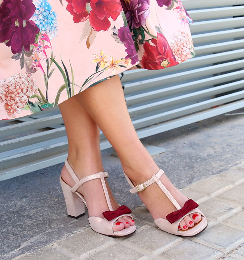 Winnipeg Style, Chie Mihara Braile suede bow t strap sandal Spring Summer 2018
