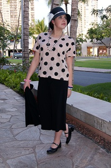 Everyday Outfit February 24, 2012, Forever 21 polka dot top, Poet palazzo pants, Icings hat, Fluevog Kathy