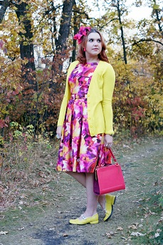 Everyday Outfit for September 27, 2012, Evan Picone pink flower print belted full skirt dress, Forever 21 yellow cardigan Adia Kibur neon pink earrings, Fluevog yellow Fellowship Sandra flat shoes